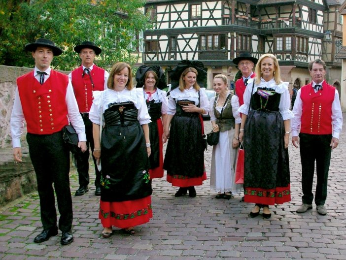 Tous costumés à Kaysersberg © French Moments