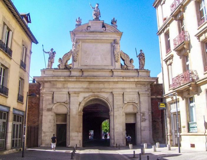 Porte Saint-Georges, Nancy © French Moments