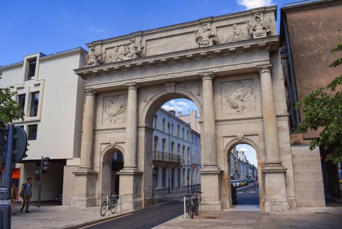 La Porte Stanislas Côté Campagne © French Moments