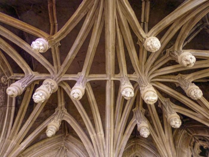 La Voûte à clés pendantes de l'église Saint-Christophe à Neufchâteau © Ji-Elle - licence [CC BY-SA 4.0] from Wikimedia Commons