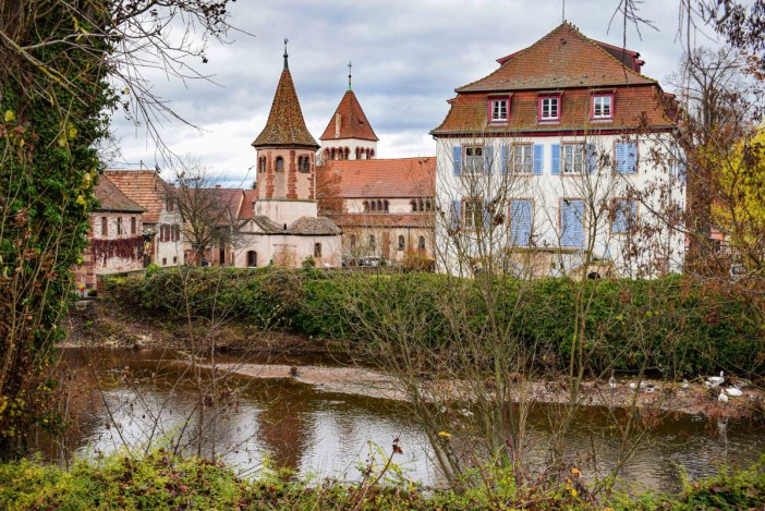 Autour de Strasbourg - Avolsheim, la chapelle ottonienne © French Moments