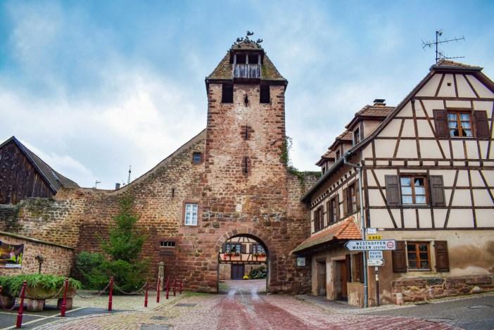 Autour de Strasbourg - Porte fortifiée de Wangen © French Moments