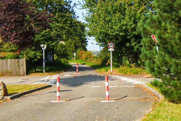 Une des nombreuses pistes cyclables d'Alsace - à Carspach (Haut-Rhin) © French Moments
