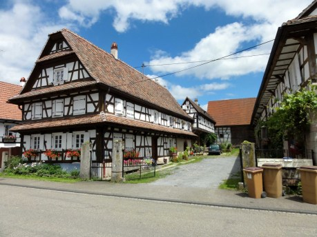 Cour de ferme à Hunspach © Ralph Hammann - licence [CC BY-SA 4.0] from Wikimedia Commons