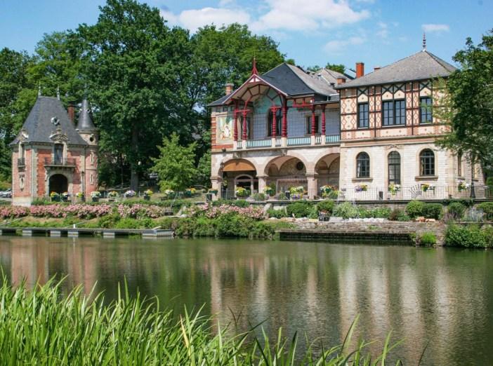 Le Casino et Pavillon de Sarreguemines © Office de Tourisme de Sarreguemines - licence [CC BY-SA 3.0] from Wikimedia Commons