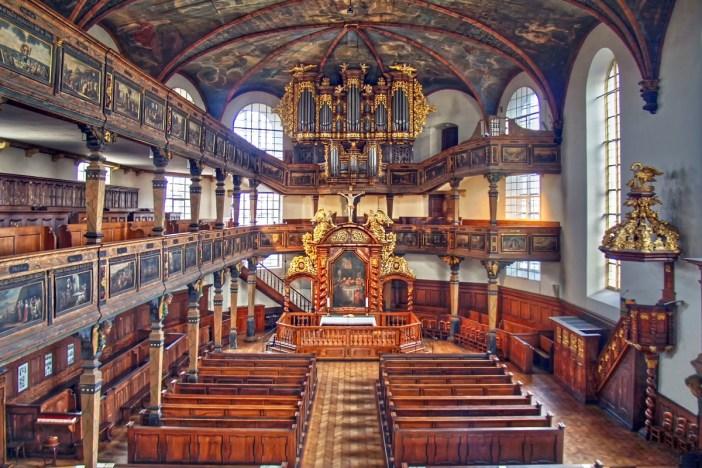 L'intérieur de la Dreifaltigkeitskirche de Spire © TeKaBe- licence [CC BY-SA 4.0] from Wikimedia Commons