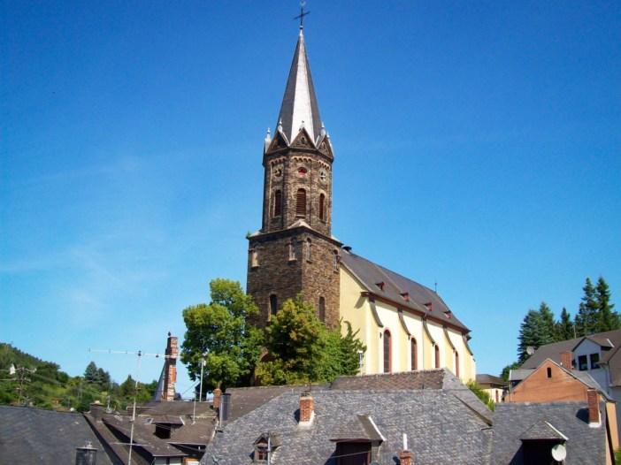 Lieser Pfarrkirche © Gudrun Meyer - licence [CC BY-SA 3.0] from Wikimedia Commons