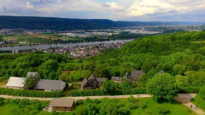 Vallée de la Moselle dans les environs de Konz ©Rhmaster - licence [CC0] from Wikimedia Commons