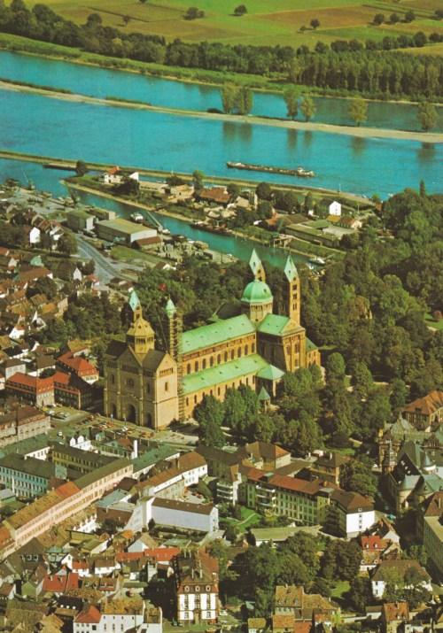 Vue d'ensemble de la cathédrale de Spire