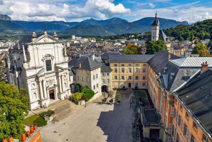 Château de Chambéry © Florian Pépellin - licence [CC BY-SA 3.0] from Wikimedia Commons