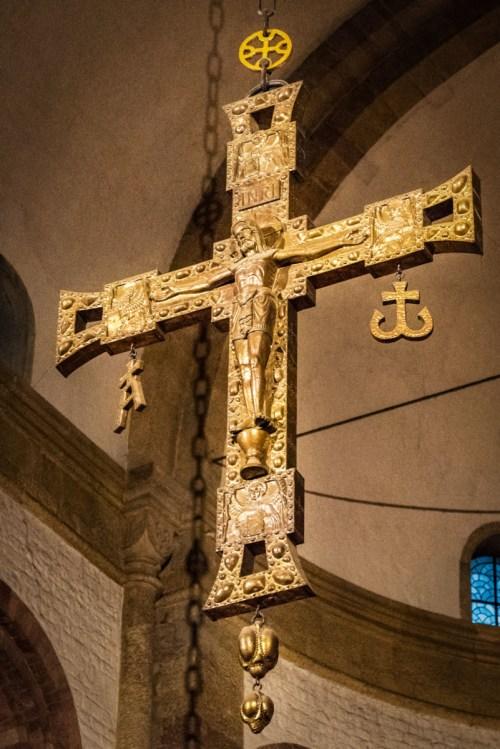 La croix de triomphe, Kaiserdom de Spire © Tilman2007 - licence [CC BY-SA 4.0] from Wikimedia Commons