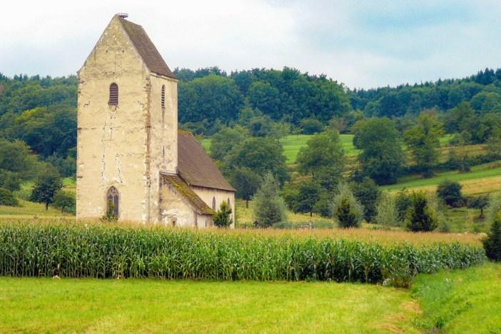 L'église St Martin des Champs à Oltingue, par Félix Potuit [Domaine Public]