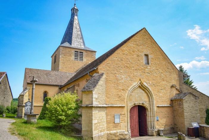 L'église Saint-Philippe et Saint-Jacques de Châteauneuf-en-Auxois © French Moments