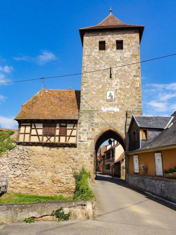 Portes fortifiées d'Alsace - Porte de Dieffenthal © Ralph Hammann - licence [CC BY-SA 4.0] from Wikimedia Commons