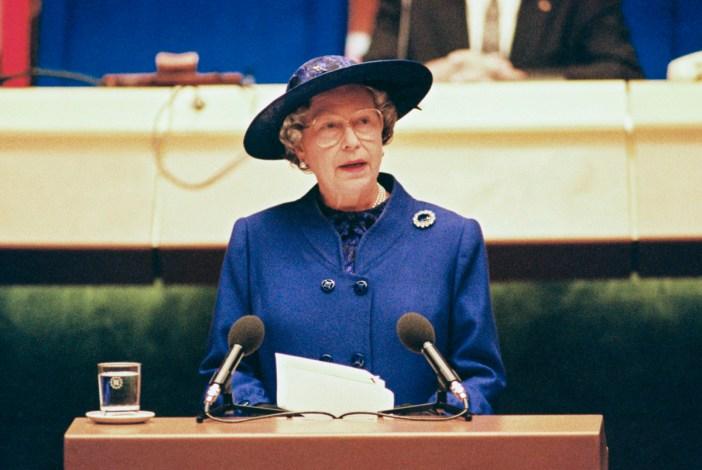 La reine Elizabeth II en France - Parlement européen de Strasbourg © Communautés Européennes 1992 - Source / PE