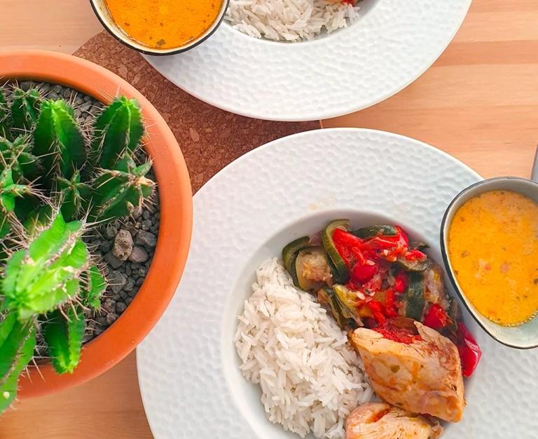 Présentation du poulet aux légumes