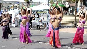 Danse orientale en groupe