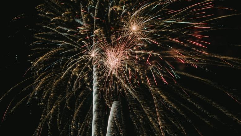 Fuochi d'Artificio Piromelodici sul Porto di Monaco Ft.Noah Carter