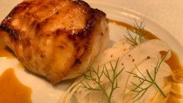 Le Ricette dello Chef per Natale: Pescatrice al Miele con Insalata di Finocchi e Salsa di Arance