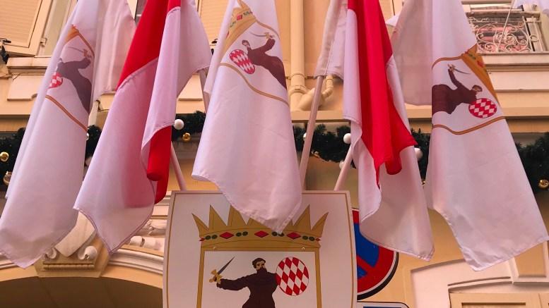 Covid-19: il Comune del Principato di Monaco Consegna i Pasti a Residenti Over 70 e Persone Fragili (prezzi e modalità)