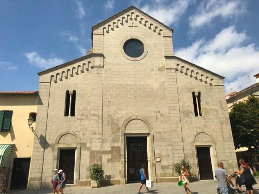 Un Sabato di Settembre a Santo Stefano al Mare: tra la Pista Ciclabile e i Retaggi di un Borgo Marinaro