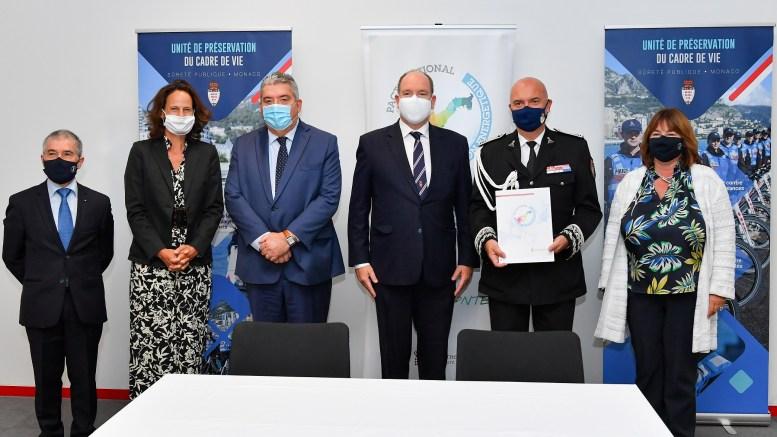 Il Direttore della Pubblica Sicurezza di Monaco Firma per la Transizione Energetica