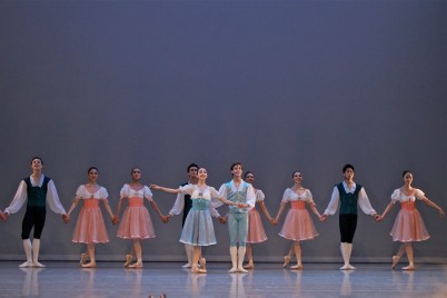 Dinozetti Variations curtain call