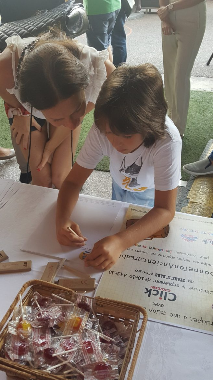 2016 School bag donation registration @StarsN'Bars