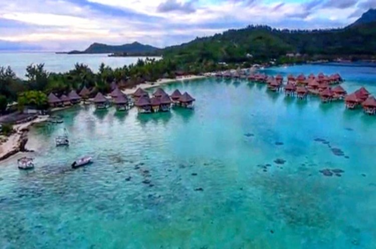 Plane tickets to Bora Bora