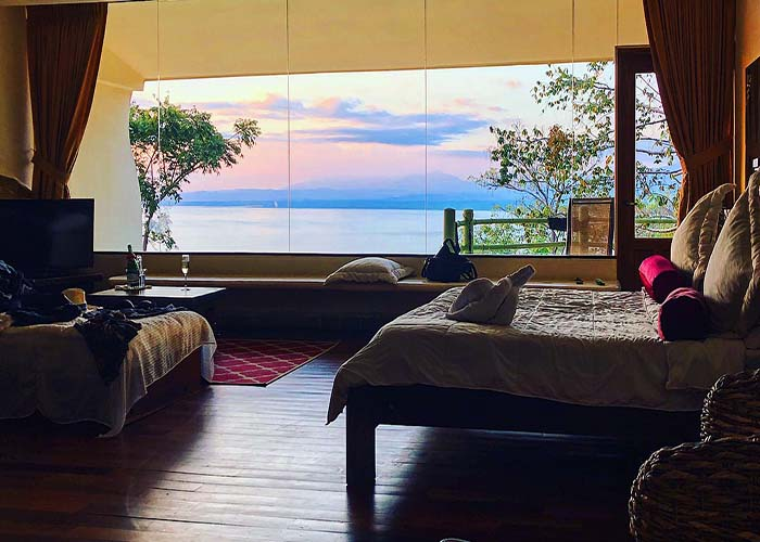 issimo suites sunset