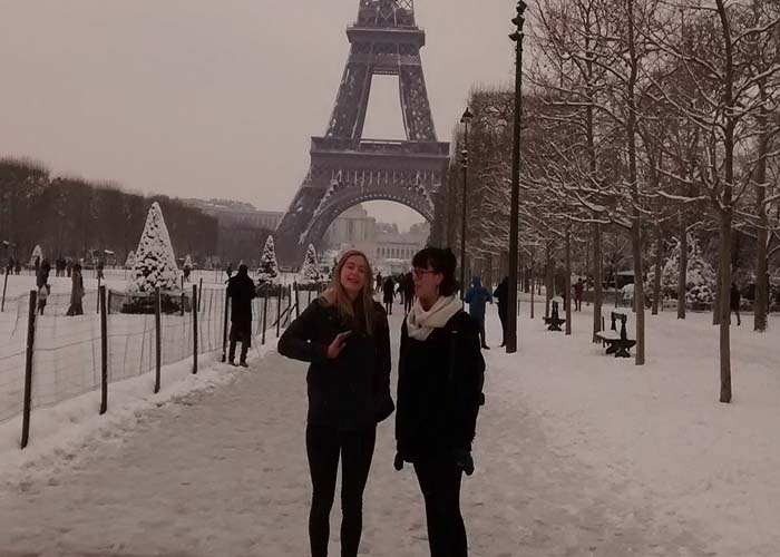 tour eiffel in the snow.jpg