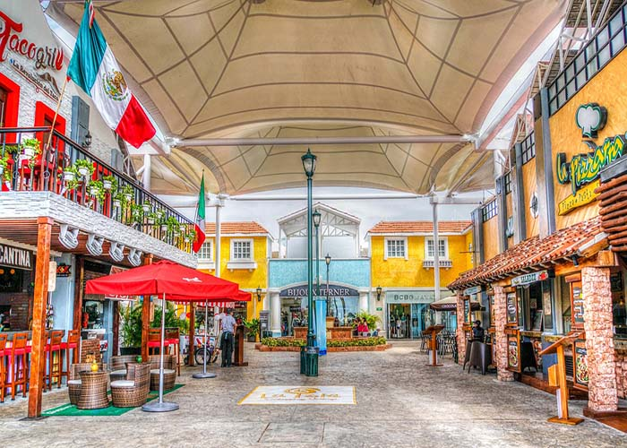 downtown cancun.jpg