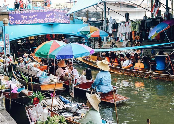 Damnoen Saduak Bangkok Floating Market