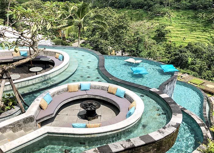 infinity pool ubud