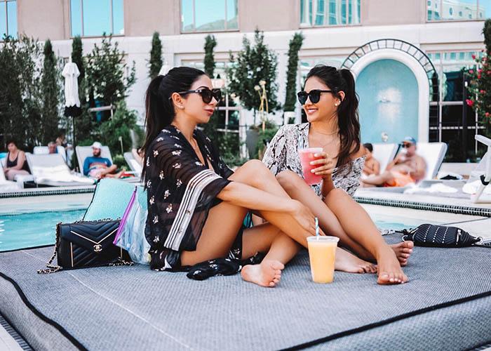 Venetian pool daybed.JPG