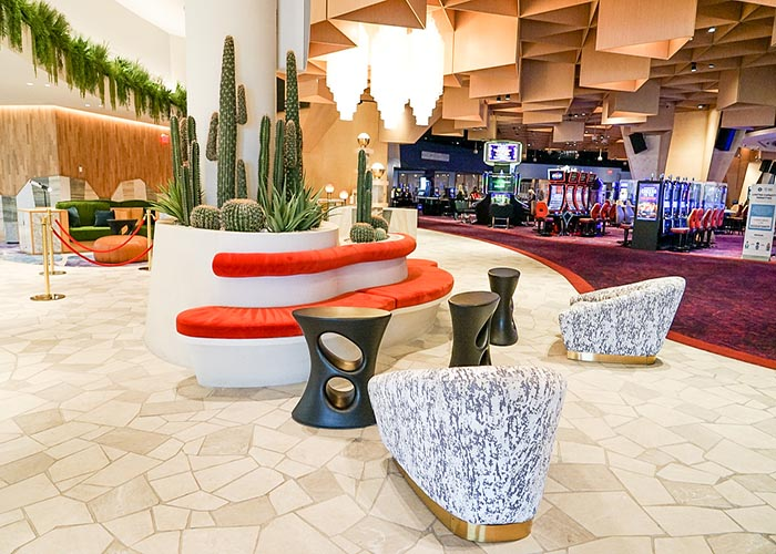 BEST VEGAS HOTELS FOR YOUNG ADULTS