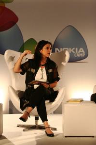 No Nokia Camp 2009 Mona Dorf introduz o VP da Nokia: Pekka Somerto