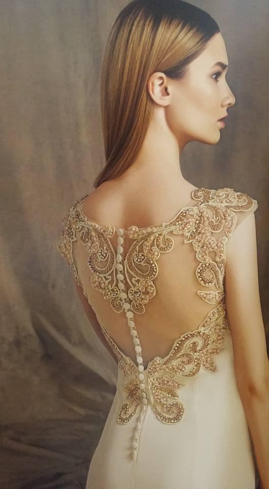 robe libanaise crème perlée