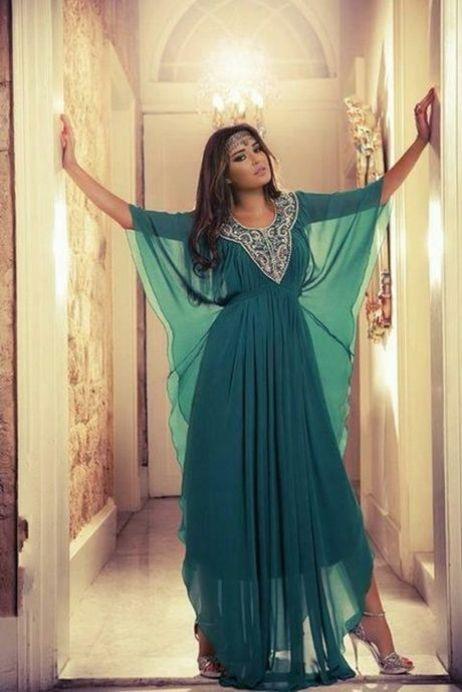 Robe Dubaï vert drapés mariage oriental