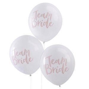 Ballons team bride