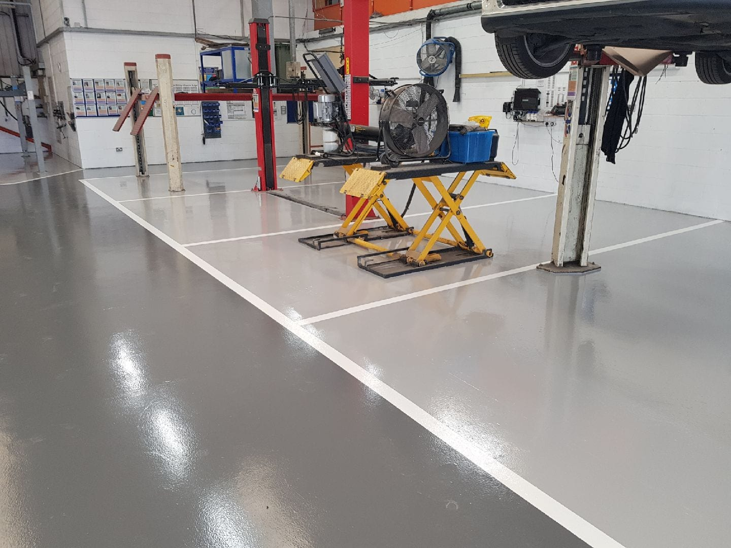 automotive resin floor coating