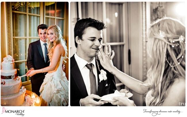 Blush-french-vintage-wedding-cutting-cake-westgate-hotel