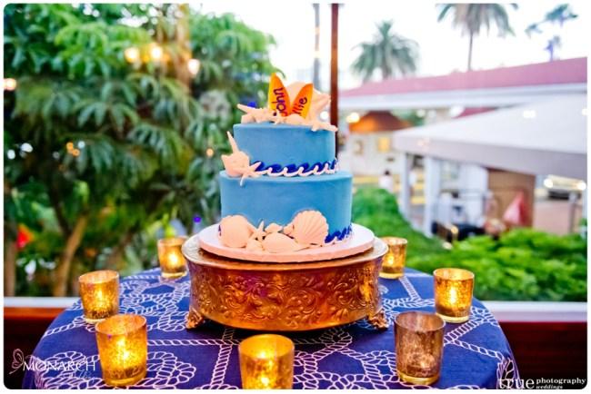 Grooms-wedding-cake-beach-design-flour-power