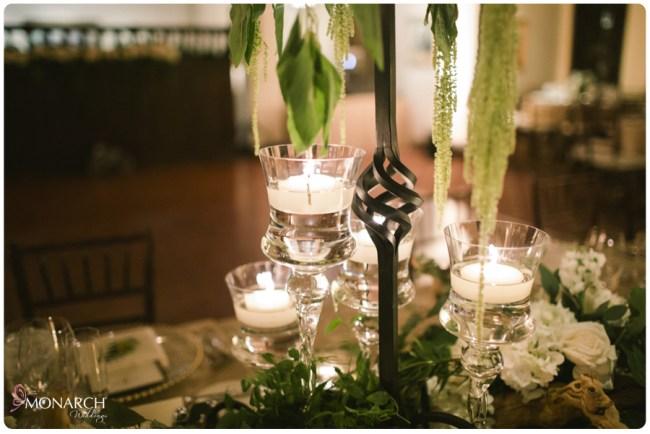 Rustic-garden-chic-wedding-rod-iron