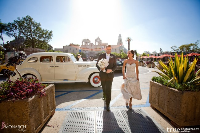 Prado-balboa-park-wedding-classic-car-getaway-car