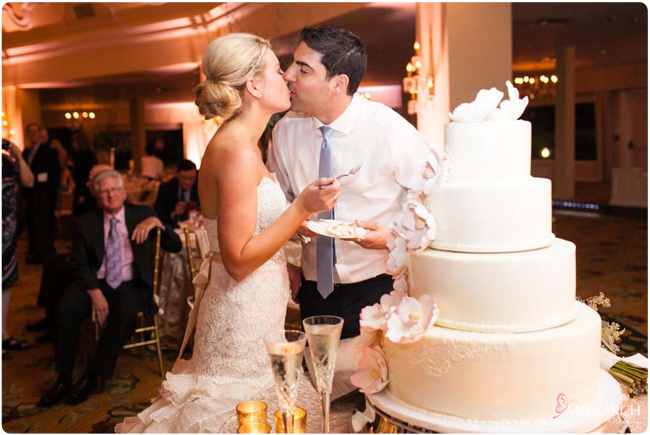 Bride-and-Groom-Cake-Cutting-Hotel-Del-Wedding