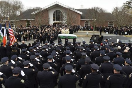 Thousands Mourn NYPD Detective Brian Simonsen
