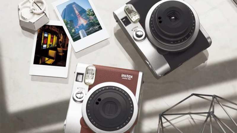 Fujifilm Instax Mini 90 : Avis et guide d'achat complet