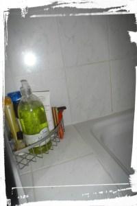 Porte de douche sans calcaire après nettoyage monblabladefille.com