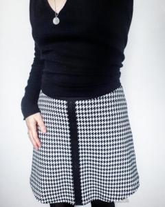Patron et fiche explicative de montage de la jupe paula pied de poule jupe trapèze monblabladefille.com